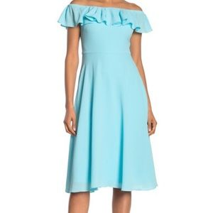 HP Betsey Johnson Off The Shoulder Crepe Dress